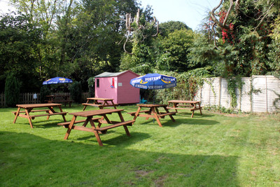 The Royal Oak - Beer Garden