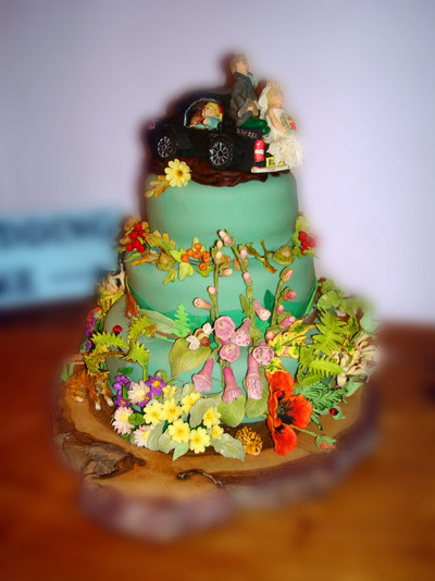 A Hedgerow with meaning Wedding Cake - MAD Cakes Exeter