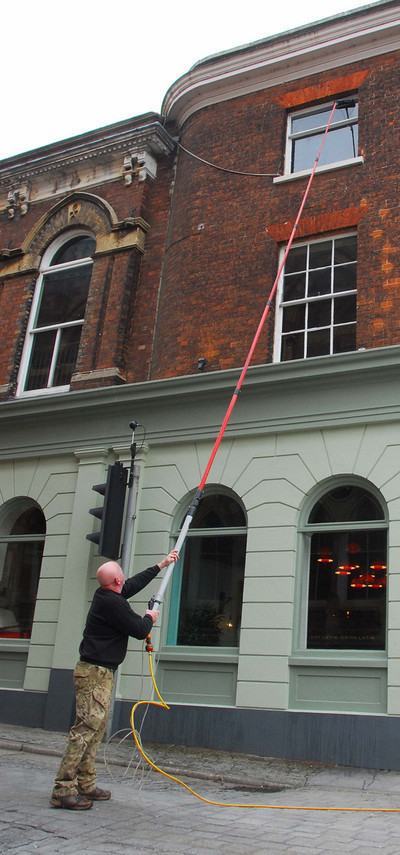 Combat Cleaning - Window Cleaning