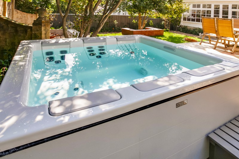 Outdoor Spas Hot Tubs Concrete Fiberglass Pool Builders Best Prices In Sydney