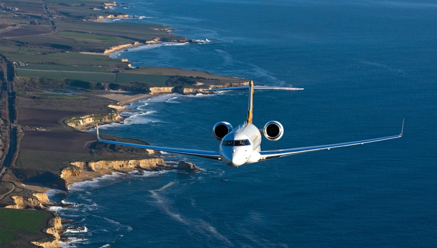 summer holidays by private jet