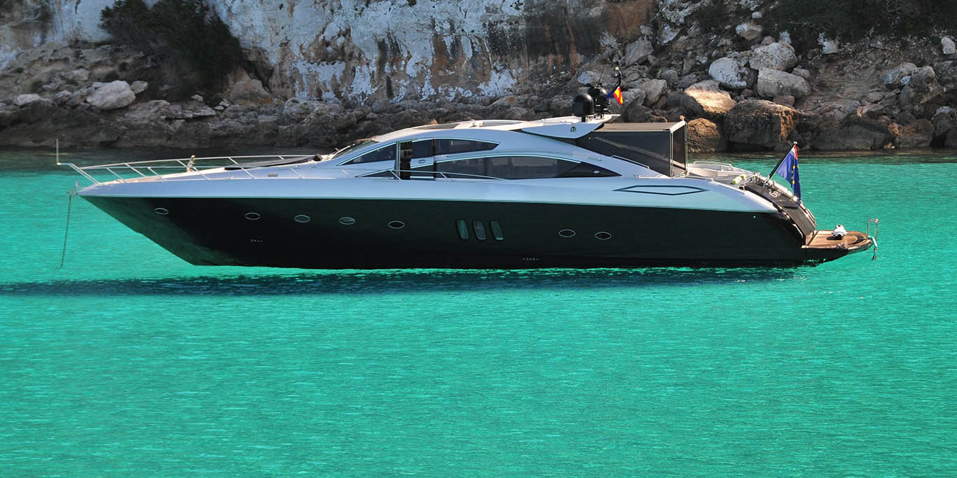 PRIVATE PLAN sunseeker predator yacht charter