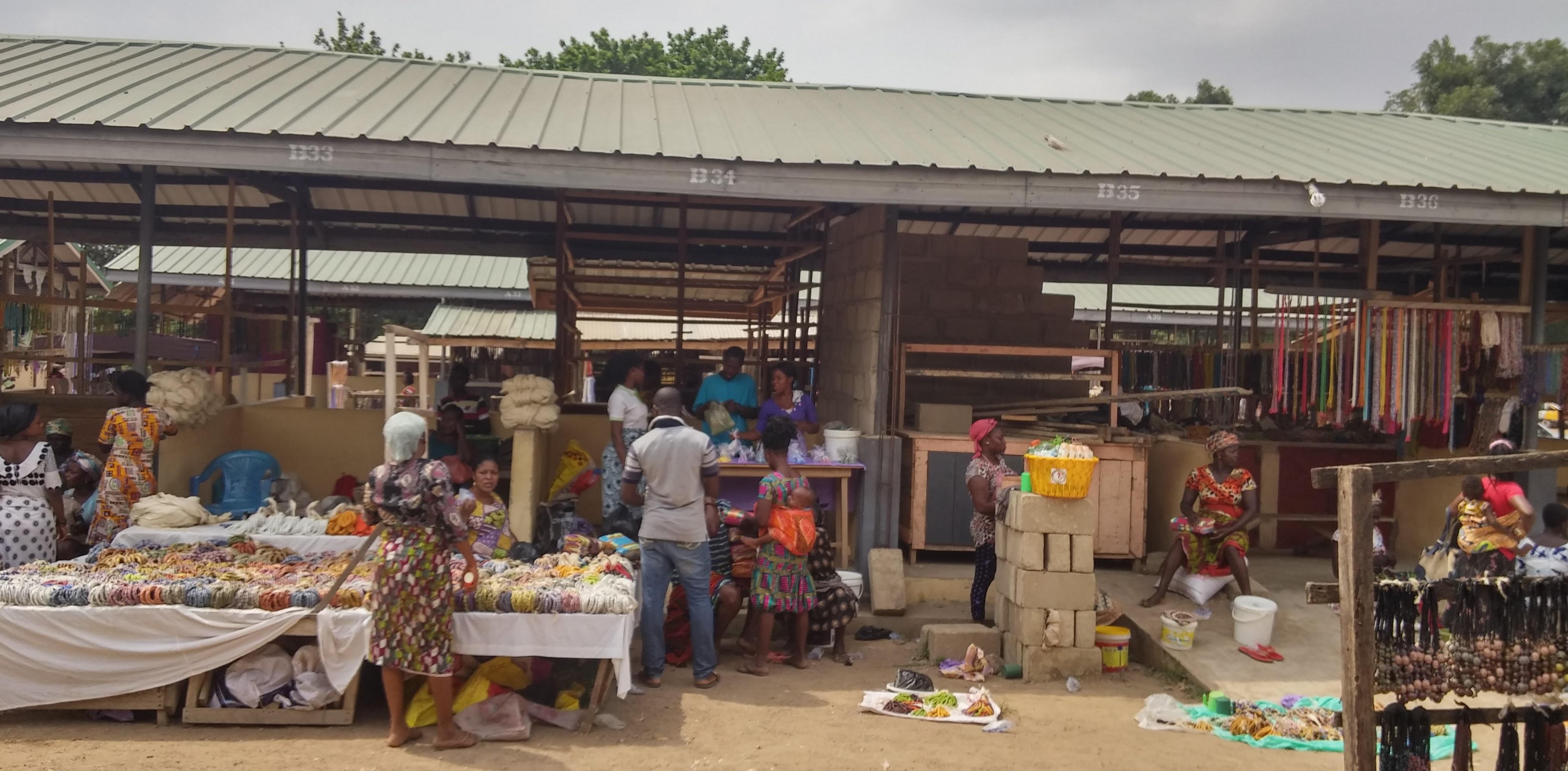 שוק החרוזים בגאנה