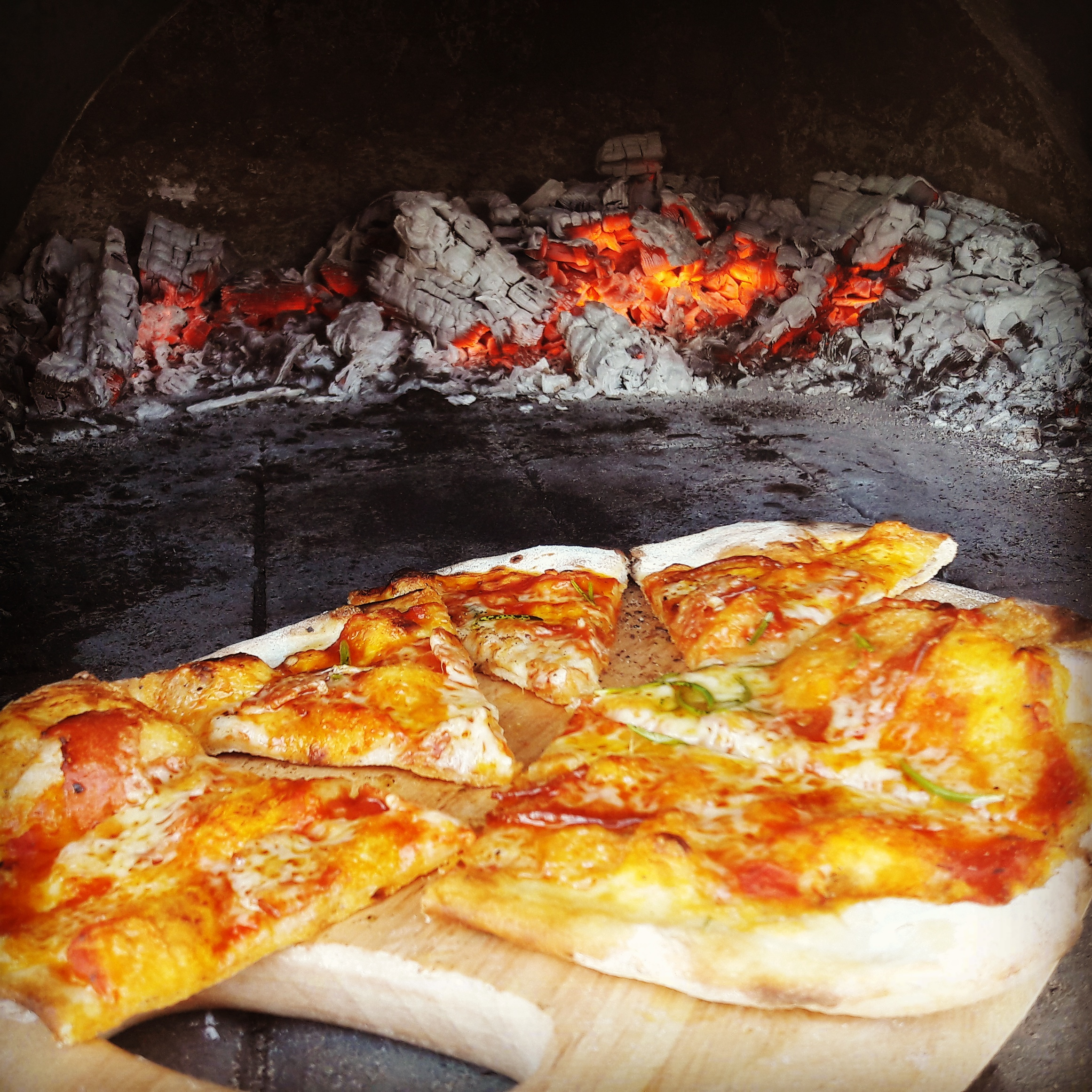 Campden Yurts - pizza time